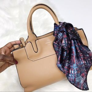 London fog tan cross body shoulder bag